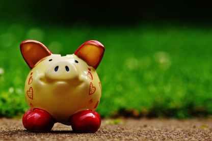 brown ceramic piggy bank
